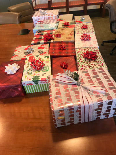 Holiday gift wrapping for Rosie's Place